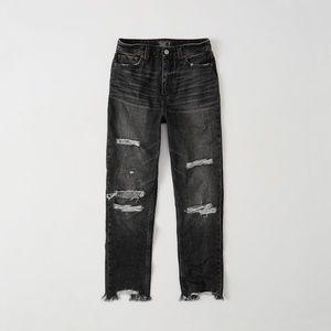 A&F Annie Girlfriend Jeans